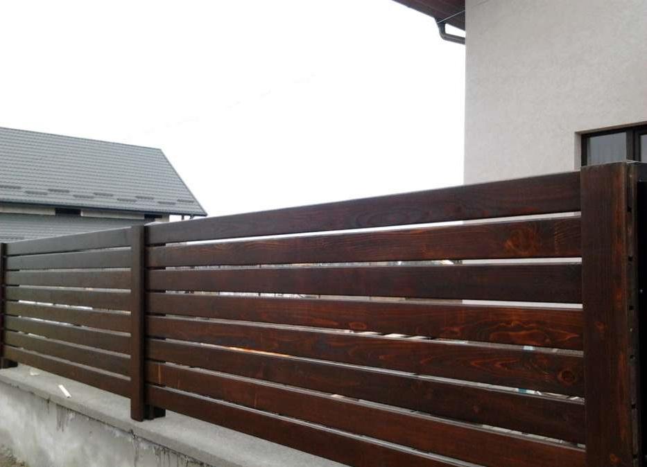 Gard lemn ga03 betrom prod for Modele de garduri pentru case