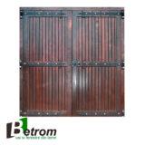 Usa garaj lemn masiv UG01